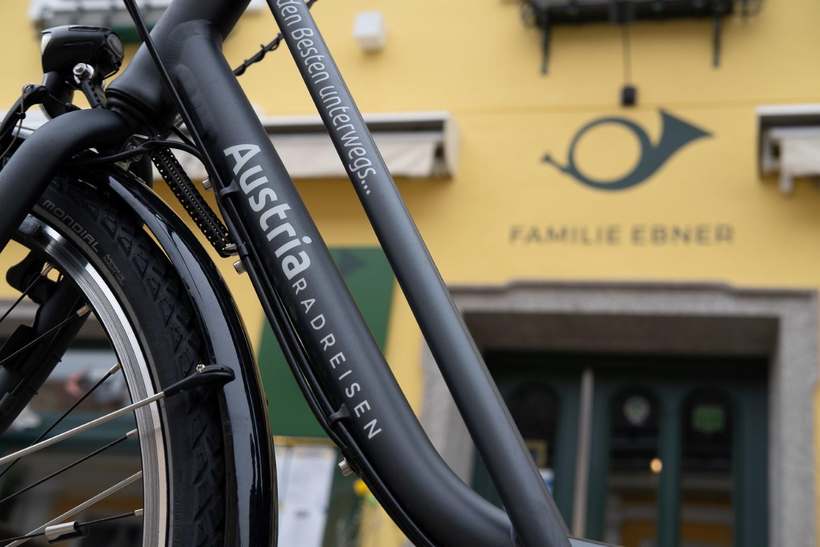 009-touring-bikes2-custom