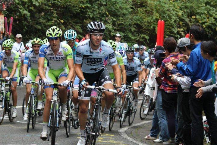 4-racing-japan-cup-team-saxo-bank-2011