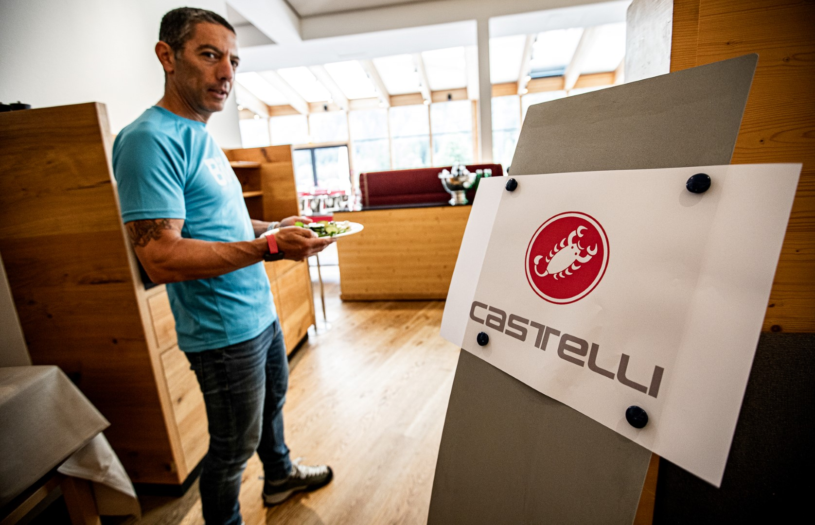 castelli-ros-2-custom